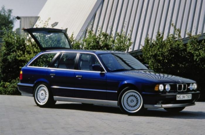 Настоящий король дороги - BMW M5.