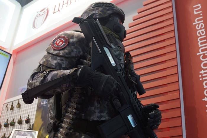 Комплекты экипировки «Ратник» с экзосклетом появятся к 2025 году.