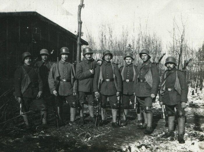 Хотя даже в немецкой армии той эпохи многие все еще носили низкие ботинки и обмотки. |Фото: Pinterest.