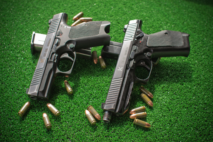 Пистолет Лебедева ничем не хуже. |Фото: vk.com.