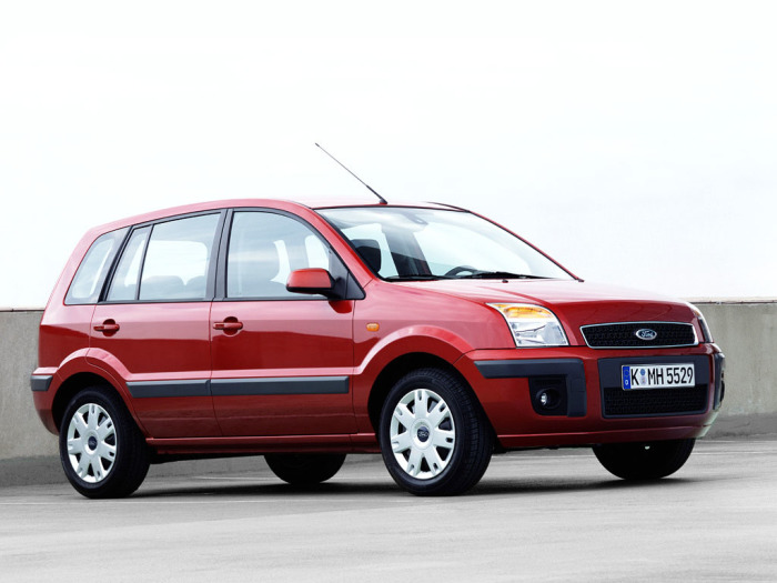 Отличное решение в виде Ford Fusion.