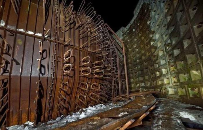 Уникальный советский бункер на пружинах.