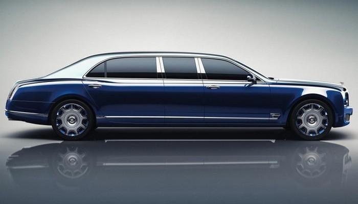 Автомобиль Bentley Mulsanne Grand Limousine.
