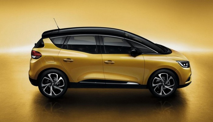 Автомобиль Renault Scenic.