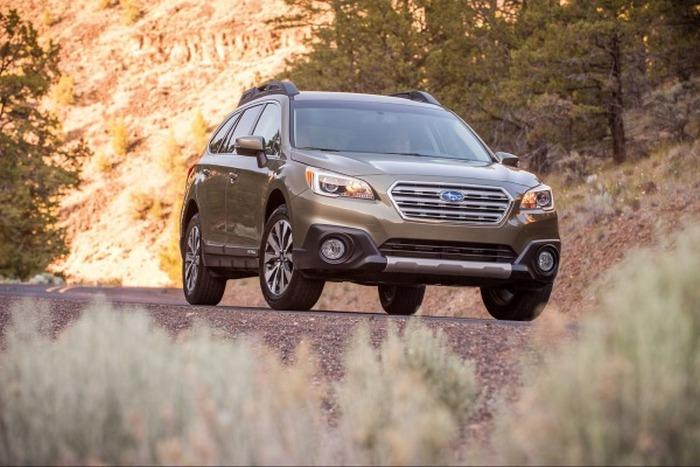 Автомобиль Subaru Outback.