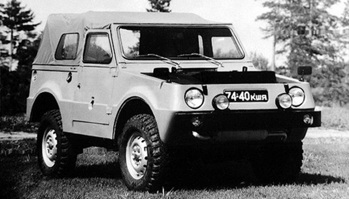 Автомобиль-амфибия ВАЗ-Э2122.