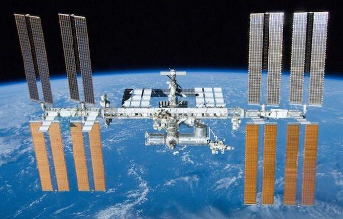 МКС - дома на орбите.