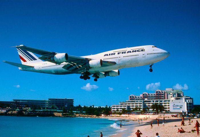 Дом с крыльями Boeing 747.