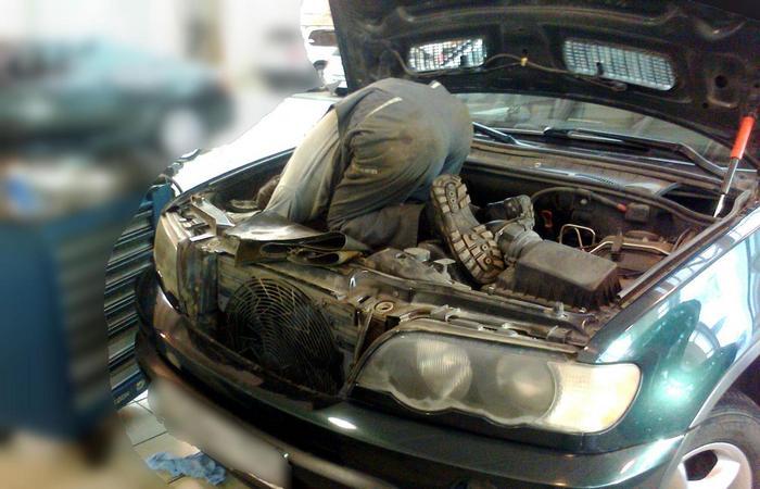Не учитывать год выпуска и модель авто.