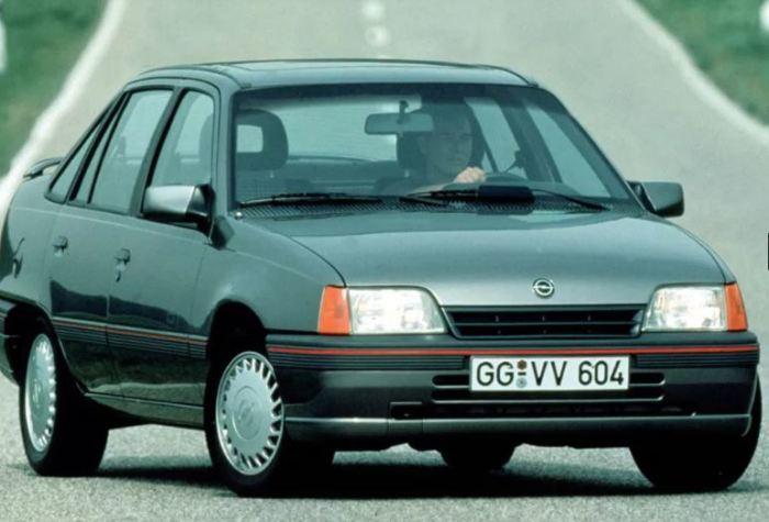 Хорош, но не очень был этот Opel Kadett E.