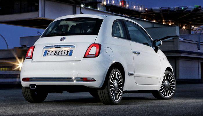 Автомобиль 4Fiat-500.