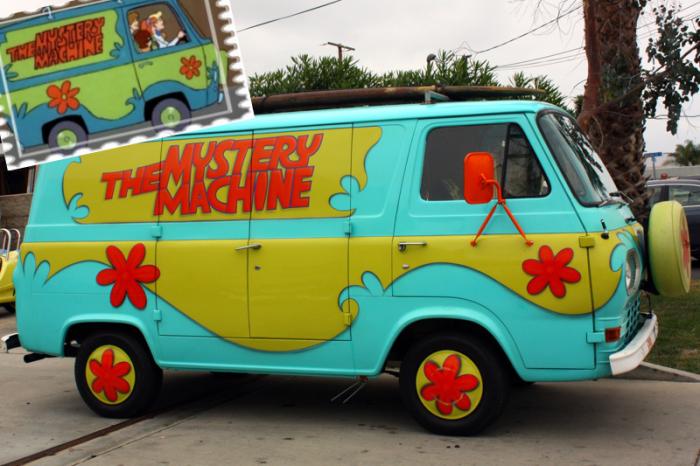 Mystery Machine из Scooby-Doo.