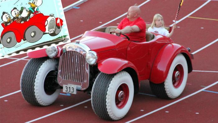 Автомобиль Дональда Дака.