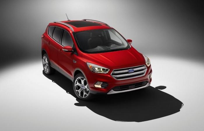 Автомобиль Ford Escape.