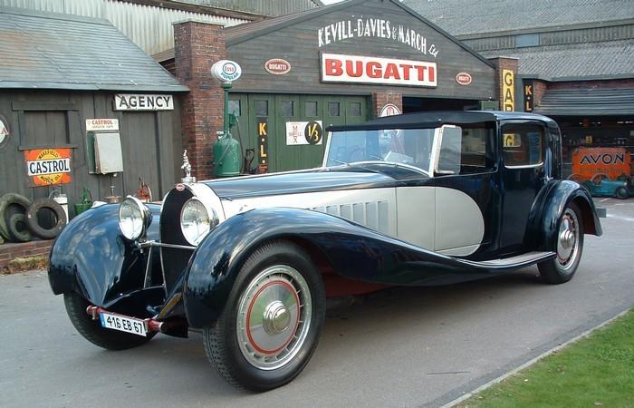 Bugatti Royale.