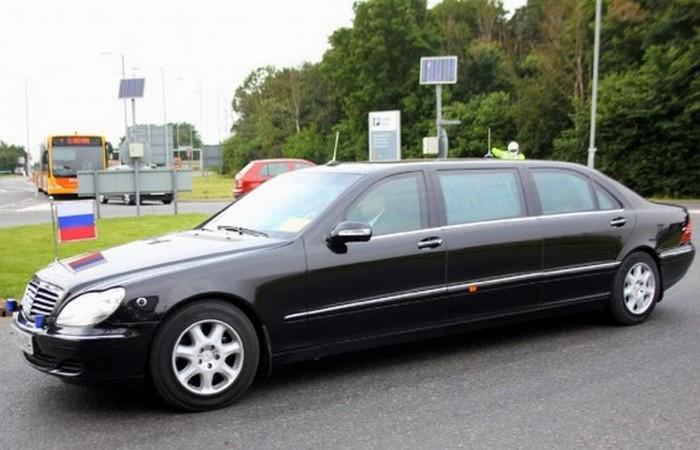 Mercedes S-Class Limousine.
