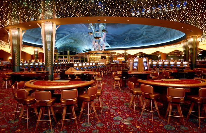 Секрет казино: часы и окна.