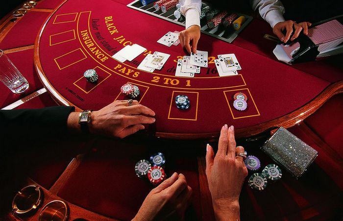 Секрет казино: блекджек - 1% выигрыша.