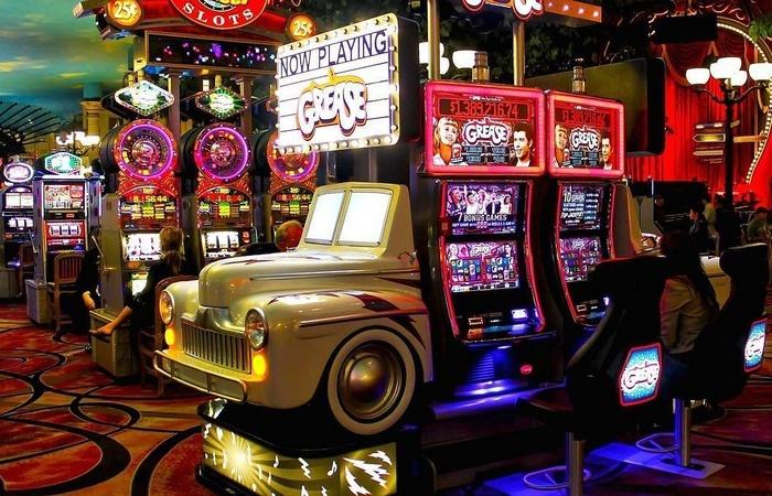 Секрет казино: украшения игровых автоматов.
