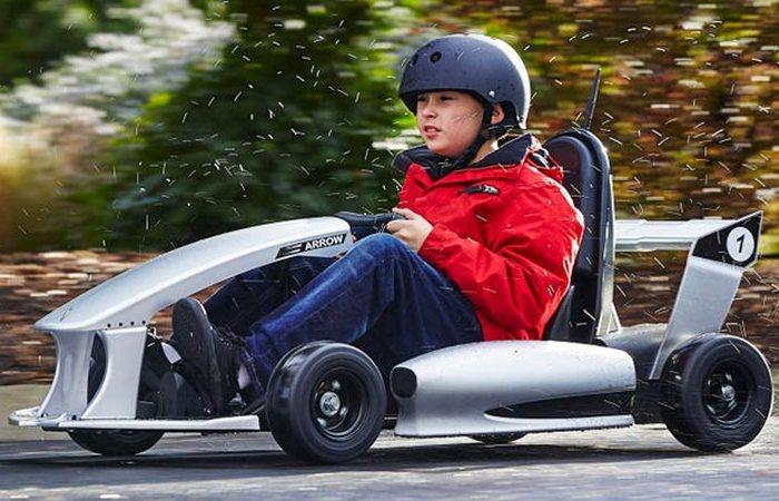 Максимальная скорость движения достигает 19 км\ч.