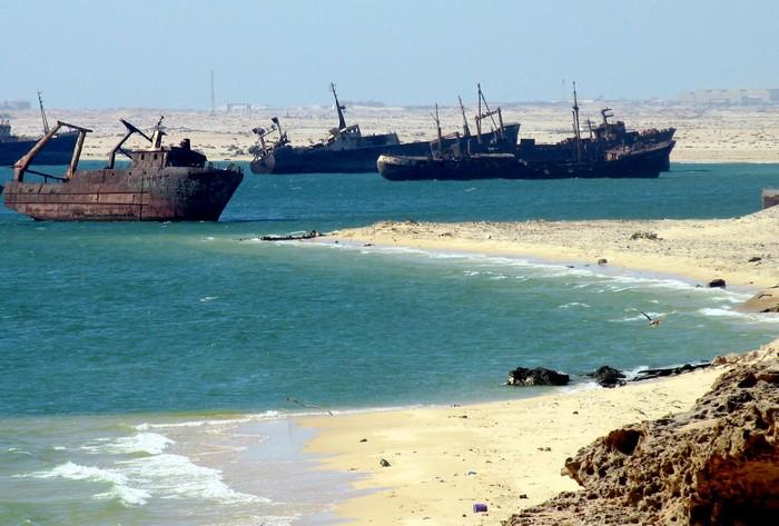 Кладбище кораблей Нуадибу.