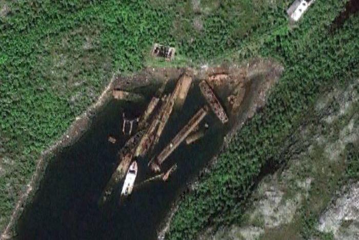 Кладбище советских подводных лодок на Кольском полуострове.