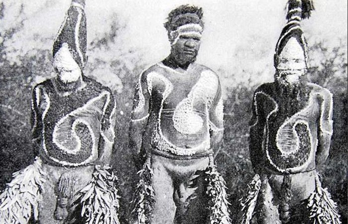 Одежда из коры племени варумунгу.