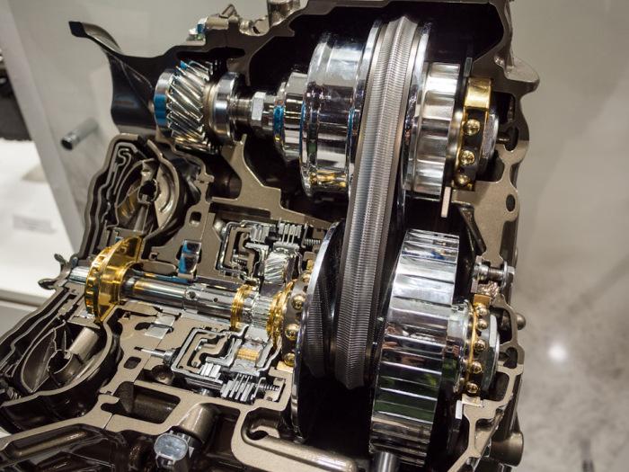 Как и любая коробка, вариатор очень плохо работает без хорошего масла. |Фото: drive2.com.
