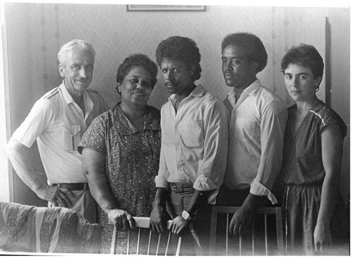 Нуца Абаш с мужем и детьми в советские годы. |Фото: sputnik-abkhazia.ru.