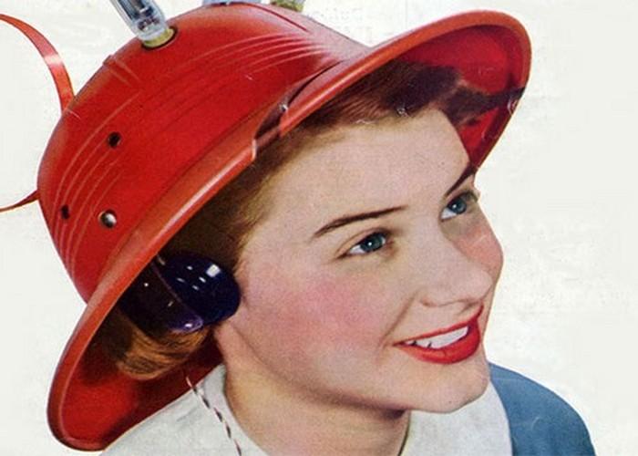 Модная безделушка: радиошляпа.