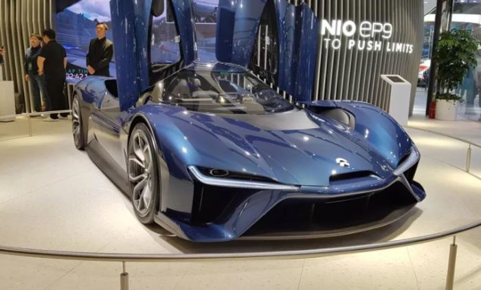 Китайский суперкар Nio EP9 найдет чем удивить.