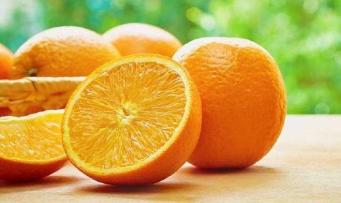 Апельсины чистят неправильно. |Фото: agronom.expert.