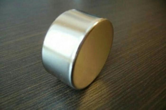 Просто очень сильный магнитик.  Фото: allzip.org.