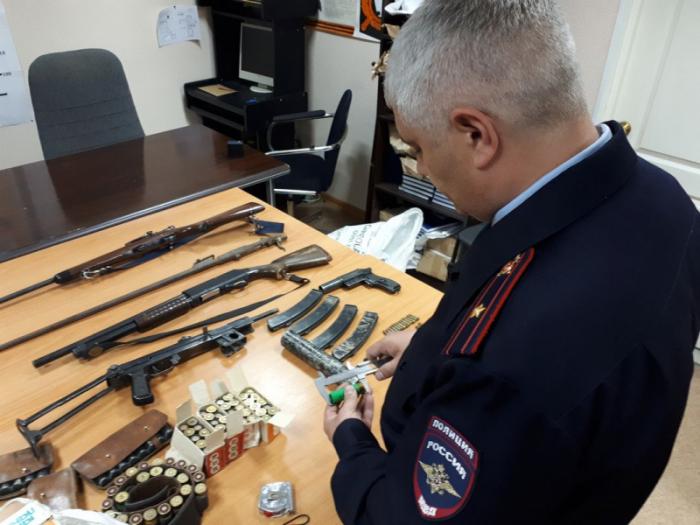 Оружия существует множество видов.  Фото: 42.мвд.рф.