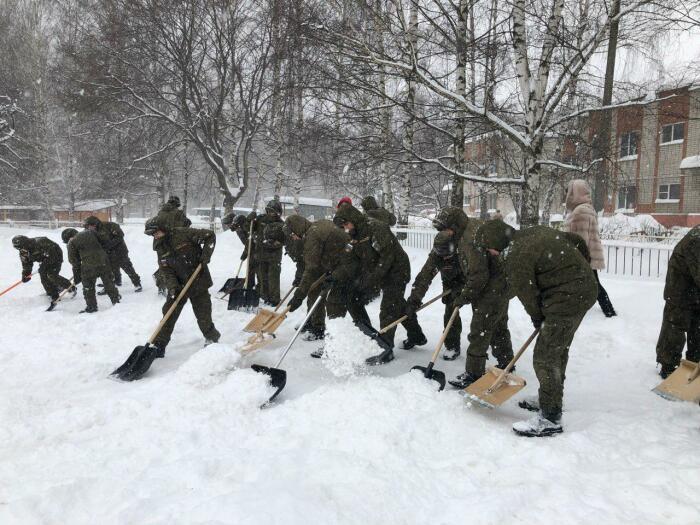 В армии начинаешь не любить зиму. |Фото: polituserforum.ru.