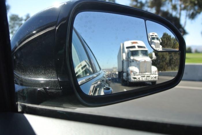 Теперь есть на каждом авто. |Фото: xhere.com.