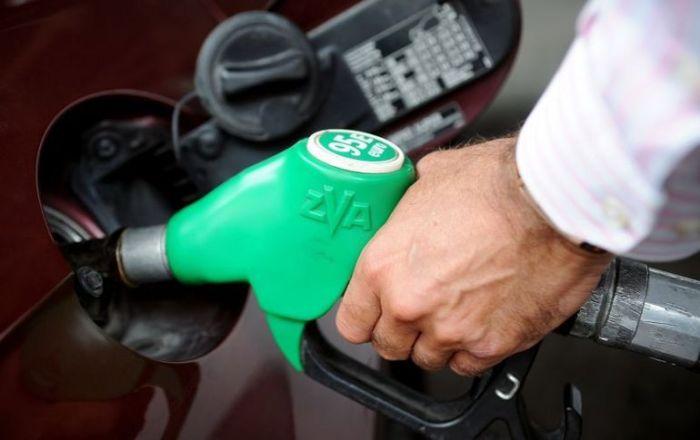 Сорта бензина очень важны. /Фото: yandex.ru.