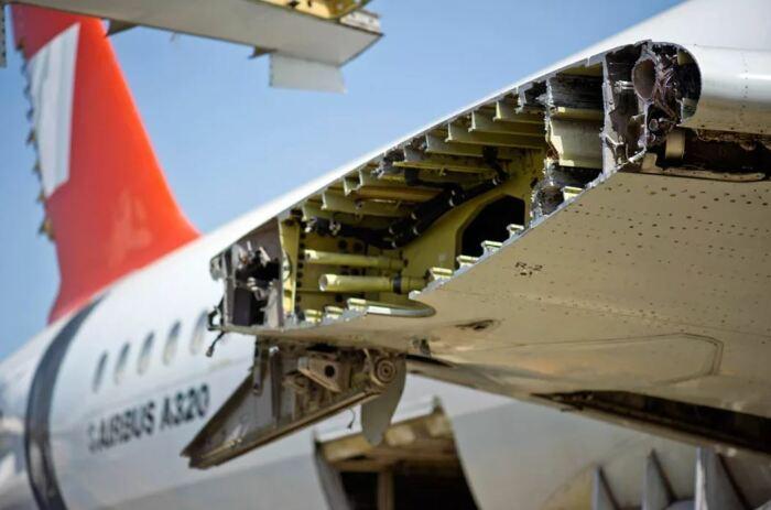Крылья самолета - штука непростая. ¦Фото: ridus.ru.