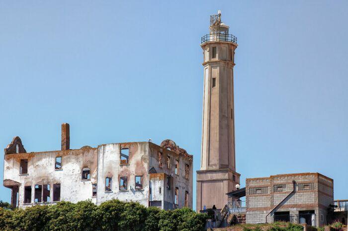 Здесь работает важный маяк. |Фото: g-switch.org.
