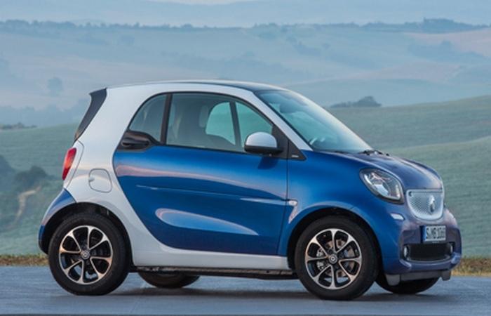 Smart fortwo pure = невероятно маневренный автомобиль.