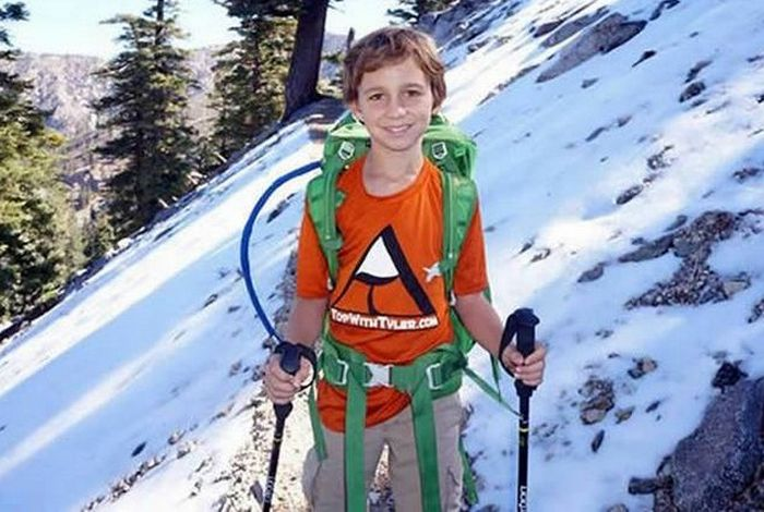 Девятилетний мальчик на вершине Аконкагуа (6962 метров).