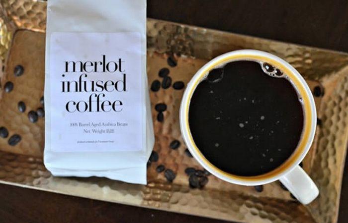 Кофе с вином.