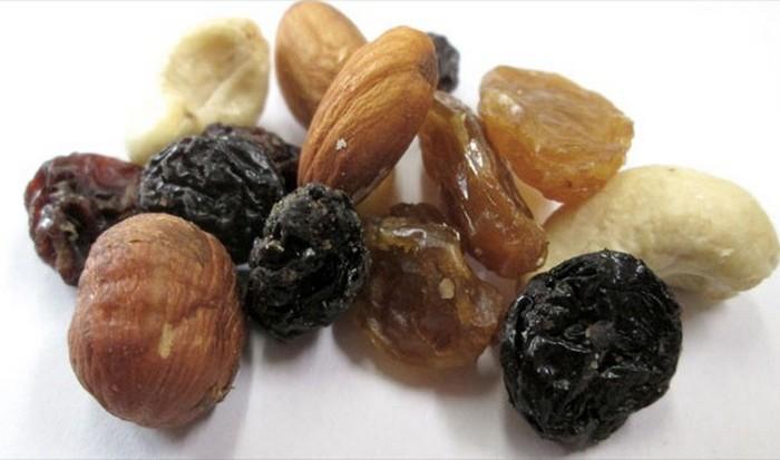 В кофеварке можно приготовить засахаренные орехи.