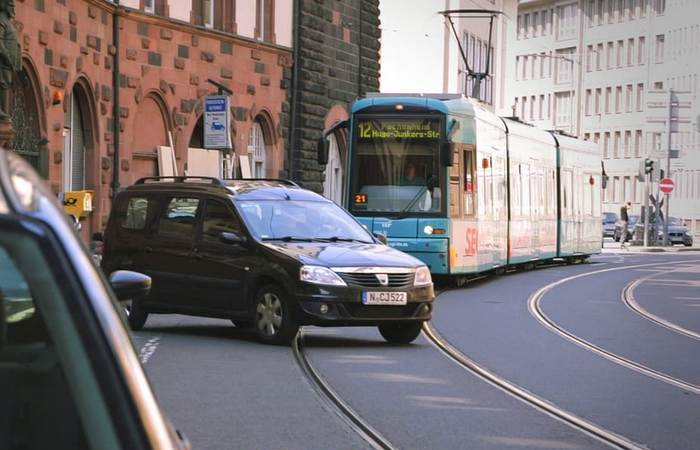 Умный трамвай от Bosch Engineering.