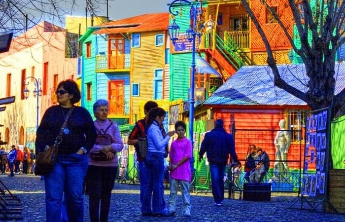 Буэнос-Айрес - столица Аргентины.