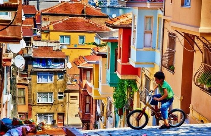 Стамбул - азиатский и европейский.