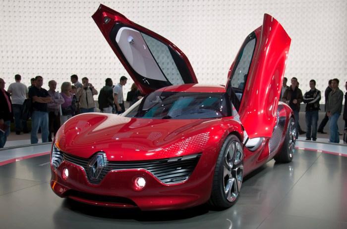 Renault DeZir.