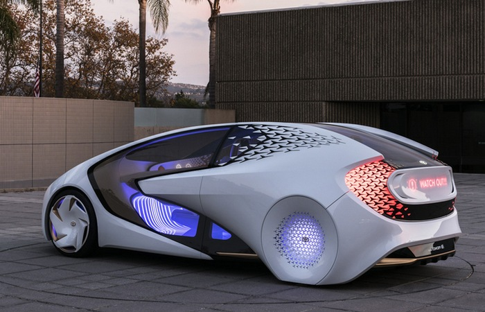 Футуристический концепт «Toyota Concept-i».