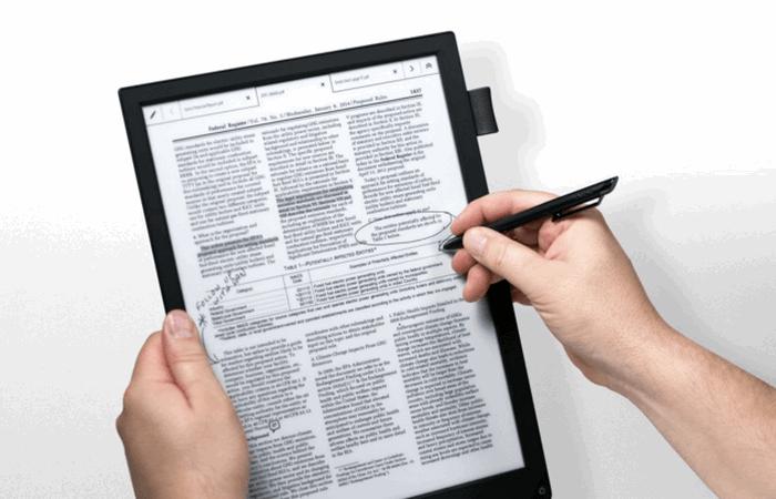 Повышает продуктивность: Sony Digital Paper e-Ink Tablet.