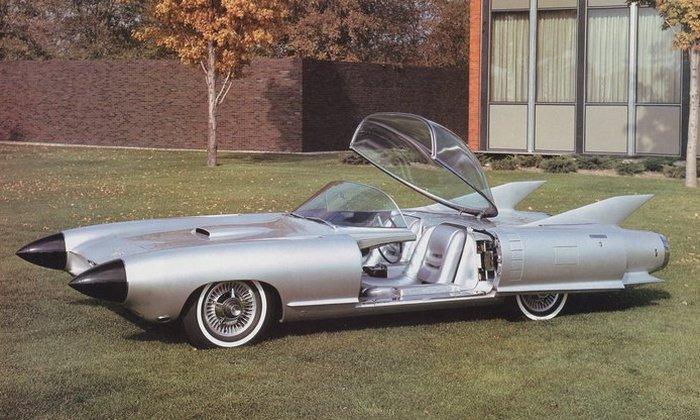Автомобиль Cadillac Cyclone.